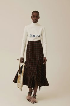 A.W.A.K.E. Fall 2015 Ready-to-Wear Check more at http://www.blogyblog.net/a-w-a-k-e-fall-2015-ready-to-wear/