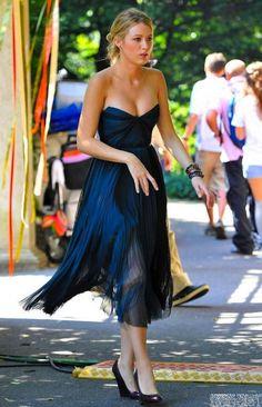 Blake Lively Blue Bridesmaid Dress Gossip Girl Fashion