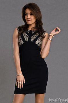 Sukienka z wycięciami na plecach.... #Sukienki - http://bmsklep.pl/6004-1-emamoda-sukienka--czarny