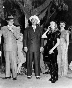 Bing Crosby, Veronica Lake & Paulette Goddard - STAR SPANGLED RHYTHM
