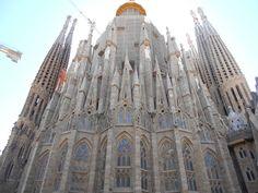 SF - Ábside1 - Templo Expiatorio de la Sagrada Familia - Wikipedia, la enciclopedia libre
