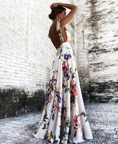 19959208_753410594831692_Floral maxi dress open back