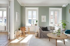 my scandinavian home: A calm Swedish apartment in green and cognac Green paint walls at home Living Room Green, Green Rooms, New Living Room, Living Room Interior, Home And Living, Living Room Decor, Living Spaces, Green Walls, Room Colors