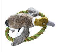 Arne, die Ente Ein tolles Spielzeug für den Garten, nicht nur im Frühling. Wer kann wie weit? Einfach an dem fest gedrehten Ring greifen und ab geht´s durch die Lüfte.  #Hundespielzeug #Hund