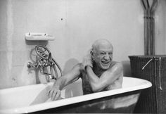 "hauntedbystorytelling: "" David Douglas Duncan :: Pablo Picasso, portrayed in bathtub, 8 February 1956 related post, here for more men in bathtub click HERE or on the names :: Russell Finch, Richard Burton, Chaplin, Groucho Marx, Tino Rossi, Bruce..."