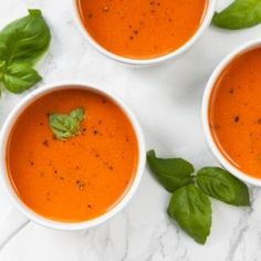 Rich Roasted Tomato Soup with Garlic This rich, roasted tomato soup does not only add a fun splash of colour to your dinner table but it is packed with flavor and vitamin C, potassium and vitamin K. Roasted Tomato Soup, Roasted Tomatoes, Roasted Vegetables, Tomato Vegetable, Vegetable Recipes, Vegetarian Recipes, Vegetable Stock, Healthy Recipes, Freeze Avocado