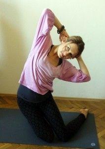 Hormonální jóga - cvik Mahasana – protažení hrudníku Style, Swag, Outfits