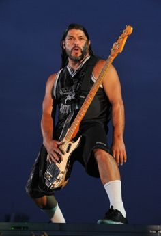 metallica robert trujillo | Robert Trujillo of Metallica