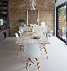 15 idées de chaises de cuisine originales | Les idées de ma maison Photo: ©Ideal Home | James French #deco #idees #chaise #cuisine #salleamanger #inspiration #style