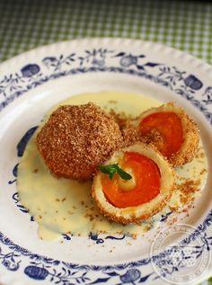 Galuste cu caise   Rețete - Laura Laurențiu Romanian Food, Romanian Recipes, Dumplings, Pancakes, Bakery, Good Food, Food And Drink, Pizza, Sweets