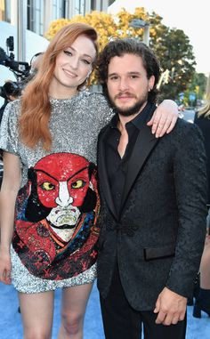 Sophie Turner, Kit Harington and the Cast of Game of Thrones Hit the Blue Carpet for Season 7 Premiere - https://blog.clairepeetz.com/sophie-turner-kit-harington-and-the-cast-of-game-of-thrones-hit-the-blue-carpet-for-season-7-premiere/