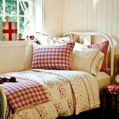 Poppies Red Bedding By Revelle Poppies Design And Comforter
