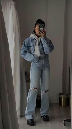 Edgy Outfits, Teen Fashion Outfits, Retro Outfits, Mode Outfits, Cute Casual Outfits, Vintage Outfits, Girl Outfits, Tomboy Winter Outfits, Winter School Outfits