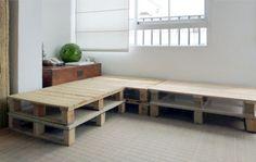 DIY Möbel aus Europaletten – 101 Bastelideen für Holzpaletten - DIY Möbel aus Europaletten sofa auflagen ecke wohnlandschaft
