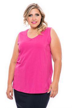 Kiváló minőségű, tiszta pamut anyaga biztosítja a kellemes viseletet a legnagyobb melegben is. Négy színben és 5 méretben kapható! A szabásvonalak és a kis slicc kétoldalt, visznek bele egy kis rafinériát. Divatos és kellemespamut atléta nyárra. Clothes 2019, Summer Clothes, Summer Outfits, Tops, Women, Fashion, Tunic, Summertime Outfits, Moda