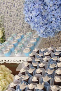 bombons e mini cupcakes ;