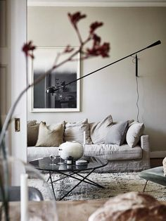 a neutral, earthy home living room Living Room Designs, Living Room Decor, Bedroom Decor, Beige Sofa Living Room, Living Rooms, Interior Design Minimalist, Home Interior Design, Interior Stylist, Living Room Inspiration