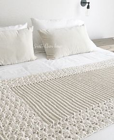 Shop Bed Linen at Country Road. Crochet Stitches, Crochet Patterns, Lace Painting, Crochet Home, Quilt Cover, Knitted Blankets, Vintage Crochet, Bed Spreads, Linen Bedding