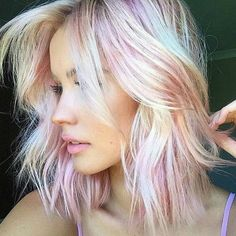 Image uploaded by ☾ℒα ℒʊηα☽. Find images and videos about hair, pink and beauty on We Heart It - the app to get lost in what you love.