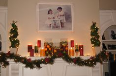 Gorgeous mantle decorations for Christmas.