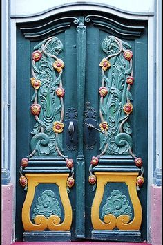 door.quenalbertini: Art deco door