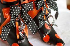 DIY: Boot-i-licious Halloween Decor - Design Dazzle