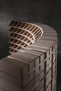 Cantinetta in legno curva