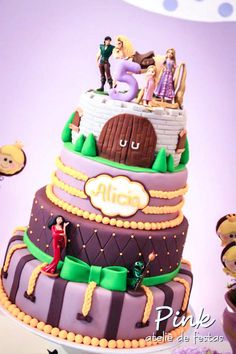Fabulous Cake from this Tangled Rapunzel themed birthday party via kara's party ideas! full of decorating ideas, dessert, cake, cupcakes, favors and more! KarasPartyIdeas.com #tangled (22)