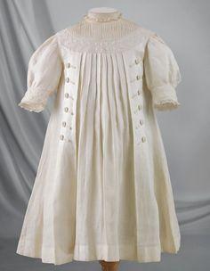 Victoria & Albert Museum of Childhood   Martha Pullen
