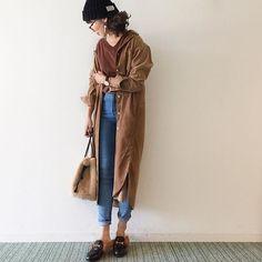 . 今日はぽかぽか日和やけど風がヤバ強い😅 スカートにしなくて正解でした🙆✨ めばちこできたので、リアルメガネです( ⚯̫ ) . tops @kobe_lettuce  pants @raziel.official  outer @uniqlo @uniqlo_ginza  knitcap @gu_global  shoes @naturick  bag 付録 piece @cream_dot #r_fashion_amb  wristwatch @danielwellington