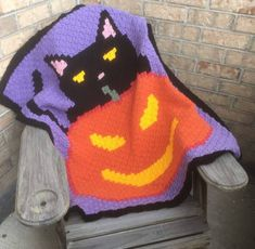 Black Cat Halloween Lapghan pattern by Amanda Julien Thanksgiving Crochet, Crochet Fall, Crochet For Kids, Free Crochet, C2c Crochet, Crochet Projects, Crochet Ideas, Crochet Crafts, Diy Projects