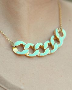 Modern Mint Chain Statement Necklace in Gold