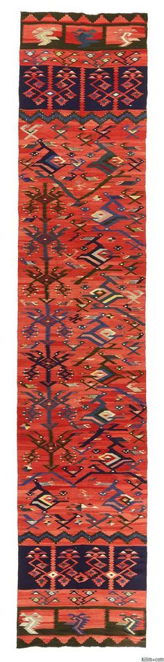 Beautiful vintage Sharkoy kilim runner rug around 70 years old and in very good condition.