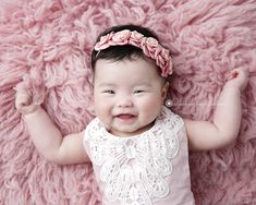Sweet and so very springy! Girl Photo Shoots, Girl Photos, Family Photos, Newborn Monthly Photos, Newborn Photos, Infant Photography, Children Photography, Three Month Old Baby, Earth Angels