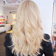 Platinum blonde hair a diy guide hair and beauty pinterest wavy hairstyle is one of the most preferred hairstyles whether you have long hair or shorter haircut so in this post i will show you the best wavy solutioingenieria Choice Image