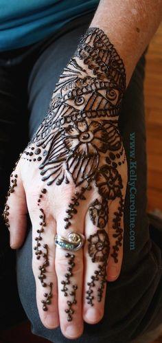 henna http://www.kellycaroline.com