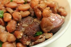 Southern Style Pinto Beans with Fork Tender Ham Hocks, made in the Crock Pot! Serve these beans over rice and along with corn bread, and you have a winner! Cooking Ham In Crockpot, Beans In Crockpot, Crockpot Dishes, Slow Cooker Recipes, Crockpot Recipes, Cooking Recipes, Cooking Games, Cooking Corn, Cooking Turkey