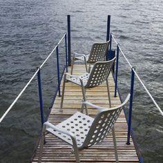 Der ideale Gartenstuhl, wasserfest und stapelbar – Landi Chair von Vitra