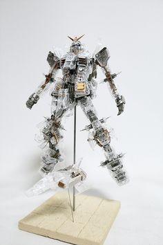Shizuoka Gundam mechanical clear full hatch open by Kipok, Nam (Korea)  http://www.signaturediton.com