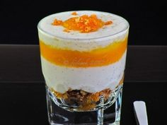 Ricetta Dessert : Bicchierini con yogurt e pesche al miele e zenzero da Feelcook