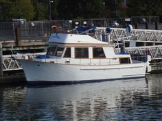 1981 CHB 34 Power Boat For Sale - www.yachtworld.com