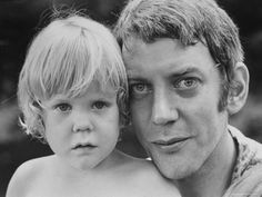 Premium Photographic Print: Donald Sutherland with Son Kiefer by Co Rentmeester : 24x18in