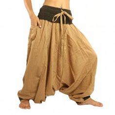 Aladdin de dos tonos con una amplia marrón pretina de color caqui