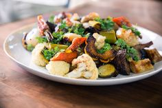 Style : Tips Tricks Perfect Roasted Vegetables Chefsteps Easy Oven ~ Stylenijusis Roasted Vegetables, Veggies, Raclette Originale, Galette Des Rois Recipe, Whole Food Recipes, Cooking Recipes, Cranberry Recipes, Kung Pao Chicken, Potato Salad