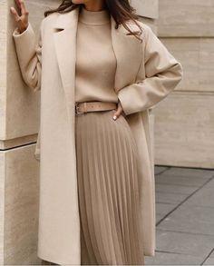 Fashion Tips Outfits .Fashion Tips Outfits Work Fashion, Modest Fashion, Hijab Fashion, Korean Fashion, Fashion Beauty, Fashion Looks, 2000s Fashion, London Fashion, College Fashion