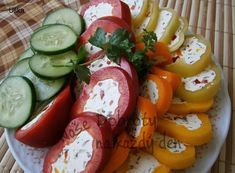 Czech Recipes, Caprese Salad, Cooking Tips, Sausage, Good Food, Appetizers, Food And Drink, Low Carb, Snacks