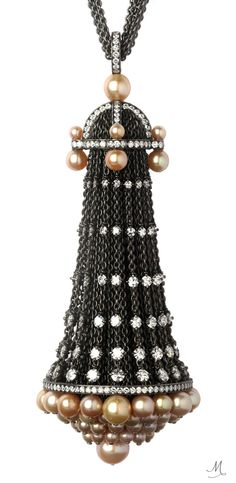 Nadia Morgenthaler Pendant – natural pearls and diamonds