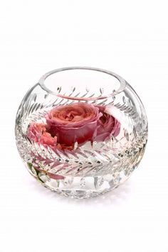 Waterford Crystal bowl vase Fleuology available at Gamble's Gifts in Springfield, MO. Waterford Crystal, Crystal Glassware, Crystal Vase, Cut Glass, Glass Art, Clear Glass, Jeff Leatham, Top Wedding Photographers, Floating Flowers