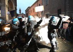 Scontri Bologna studenti