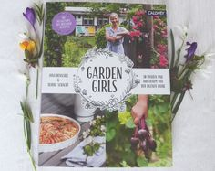 Gardengirls – 20 Frauen und die Liebe zu ihrem Schrebergarten – eine Buchbesprechung | Mein Gartentagebuch Allotment, Love, Woman